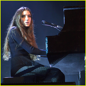 Birdy Sometimes Tires Of Playing 'Skinny Love'