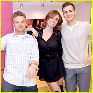 Brett Davern Screens New Series 'Relationship Status' In LA