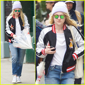 Dakota Fanning Is Ready for the Sun in NYC!