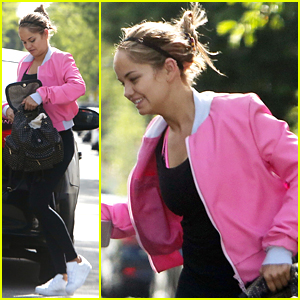 Debby Ryan Carpools To Her Fitness Class With A Friend