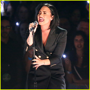 Demi Lovato Gives Chill-Inducing 'Stone Cold' Performance at iHeartRadio Music Awards 2016 (Video)