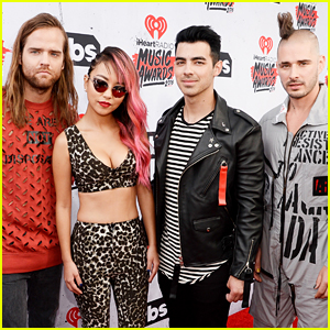 DNCE Is Stunning Squad at iHeartRadio Music Awards 2016