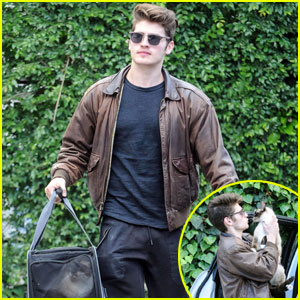 Gregg Sulkin is Joining 'Young & Hungry'!