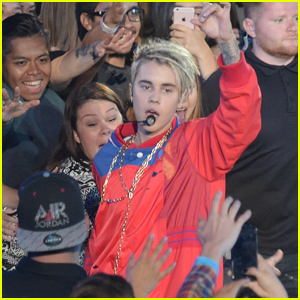 Justin Bieber Performs Two Songs at iHeartRadio Music Awards 2016 - Watch Now!