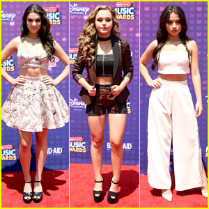 Kira Kosarin & Isabela Moner Hit Radio Disney Music Awards 2016