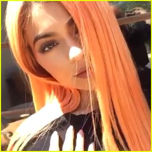 Kylie Jenner Debuts Peach Colored Hair Ahead of Coachella Weekend