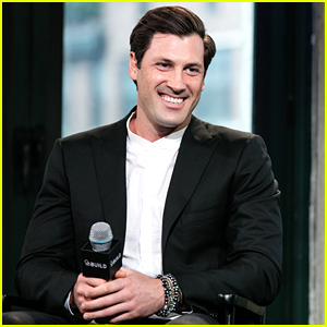 Maksim Chmerkovskiy Warns Against Doing Reality Television During AOL Build Visit