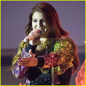 Meghan Trainor Kills The Stage In First Performance Since Surgery