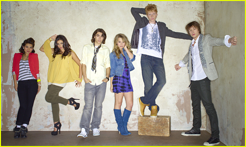 'Lemonade Mouth' Turns Five - Where Are The Stars Now?