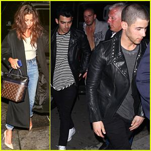Selena Gomez, Nick, & Joe Jonas Head to an Award Show After Party!