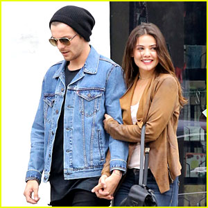 Danielle Campbell Can't Stop Smiling While Out Shopping With Louis Tomlinson
