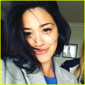 Gina Rodriguez Chops Hair & Donates To Locks of Love