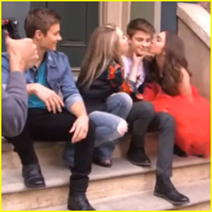Rowan Blanchard & Ben Savage Talk Shooting New 'Girl Meets World' Opening Credits