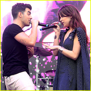 Hailee Steinfeld Hits 'Rock Bottom' With DNCE at Wango Tango