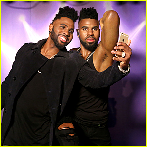 Jason Derulo Comes Face to Face With His Madame Tussauds Wax Figure!