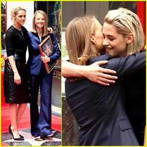 Kristen Stewart Presents Hollywood Star to Friend Jodie Foster