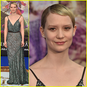 Mia Wasikowska Is Magical at 'Alice Through the Looking Glass' London Premiere