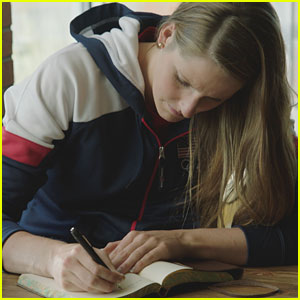 Missy Franklin Shines Spotlight on Her Parents in Minute Maid's Doin' Good Campaign