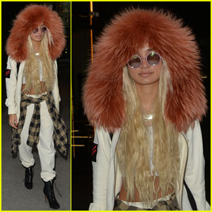 Pia Mia Turns Heads in Fur-Trimmed Hoodie