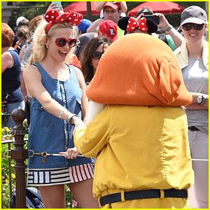 Pixie Lott & Oliver Cheshire Meet Mickey & Minnie During Disney World Vacation