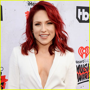 Sharna Burgess Adopts Two New Puppies, Daisy & Duke!