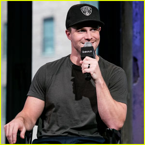 Stephen Amell Hopes There Are 'No Superpowers' Next Season on 'Arrow'