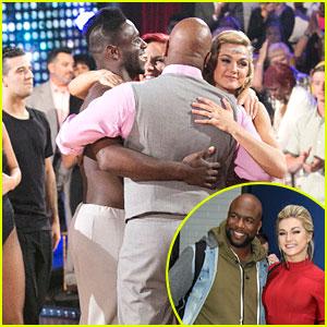 Antonio Brown & Wanya Morris Share Hug With Sharna Burgess & Lindsay Arnold After DWTS Elimination