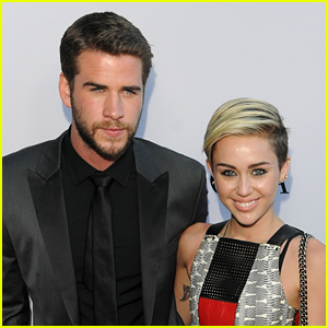 Miley Cyrus' Dad Says He'll Officiate Her Wedding to Liam Hemsworth