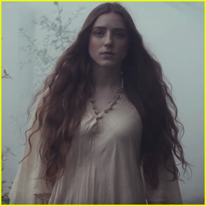 Birdy Releases Beautiful Music Video for 'Words'