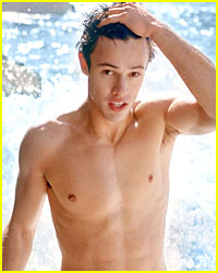 Cameron Dallas Was Taken To Hospital After Falling Ill During MagCon