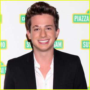 Charlie Puth Joins the 'Sesame Street' Muppets at Annual Gala
