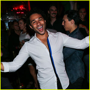 Corbin Bleu Kicks Off His Bachelor Party in Vegas!