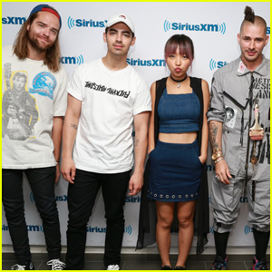 DNCE Celebrate 'Cake By The Ocean' Going Double Platinum!