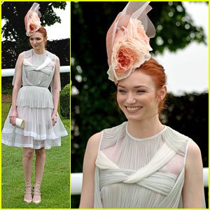 Eleanor Tomlinson Stuns With Floral Hat at Derby Festival