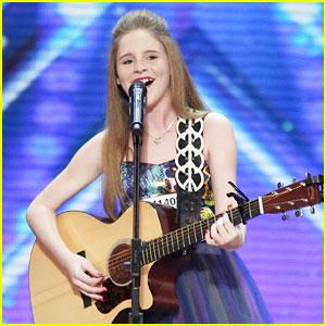 Kadie Lynn Impresses Judges on 'America's Got Talent' With Powerhouse Voice (Video)