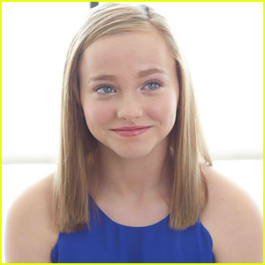 'The Conjouring 2' Star Madison Wolfe Dishes On The Role She Must Play In Her Lifetime