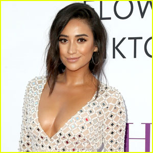 Shay Mitchell Lands Leads in 'Cadaver' Thriller!