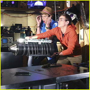 Barry & Naldo Blow Up the RV in 'Best Friends Whenever' Season Two Premiere