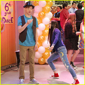 Cyd & Shelby Go Back To A School Dance on 'Best Friends Whenever'