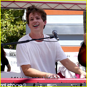 Charlie Puth Performs Small Set At GO Pool in Vegas