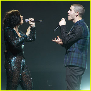 Demi Lovato & Nick Jonas Had Two Special Guests at Barclays Brooklyn Concert