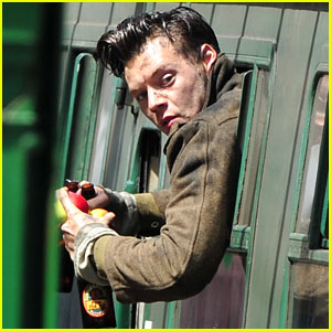 Harry Styles Continues Filming 'Dunkirk' on One Direction Hiatus