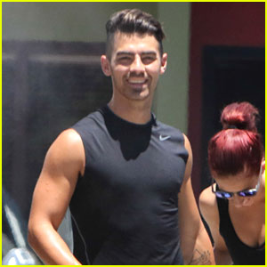 Joe Jonas Loves Working & Collaborating with Demi Lovato