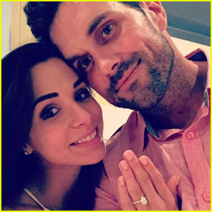 'Make It Or Break It' Alum Josie Loren is Engaged to Matt Leinart!
