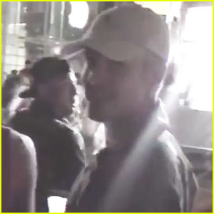 Justin Bieber Searches for Pokemon, Goes Unnoticed Amid Crowds in NYC - Watch Now!
