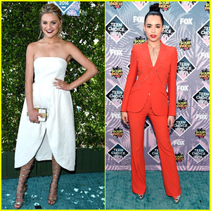 Kelsea Ballerini & Sofia Carson Rock The Red Carpet at Teen Choice Awards 2016