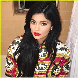 Kylie Jenner Debuts Posie, Exposed & Candy Glosses on Instagram