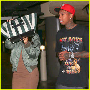 Kylie Jenner & Tyga Enjoy Mid-Week Movie Date!