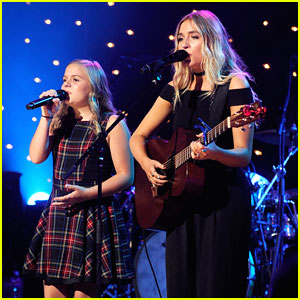Lennon and Maisy Salute Music City at Skyville Live Event