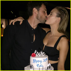 Maksim Chmerkovskiy & Peta Murgatroyd Hint at Their Baby's Gender!